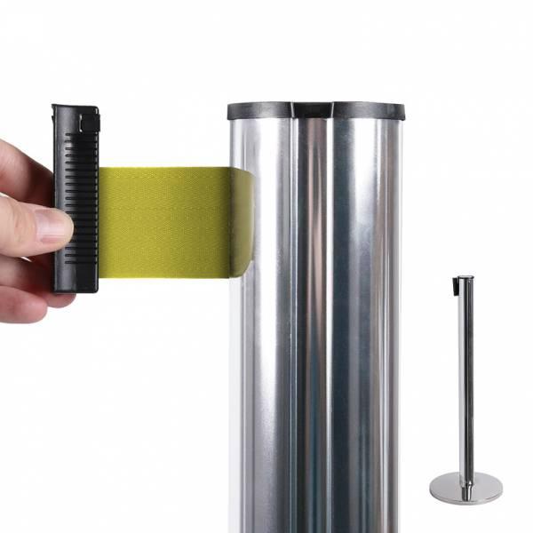 Poste separador con cinta extensible (cinta amarilla)