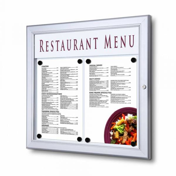 Vitrina porta menú exterior cubierto